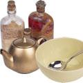 Посуда - чашки, чайники, бутылки и т.п.